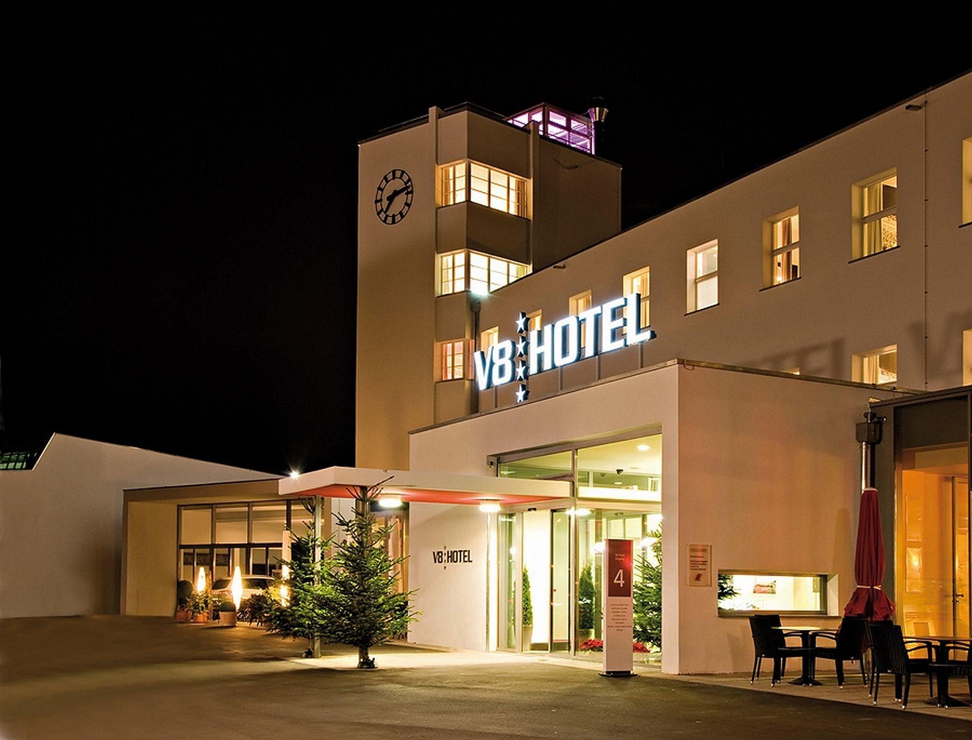 v8 hotel im meilenwerk stuttgart segway kaufen region stuttgart bei segway. Black Bedroom Furniture Sets. Home Design Ideas